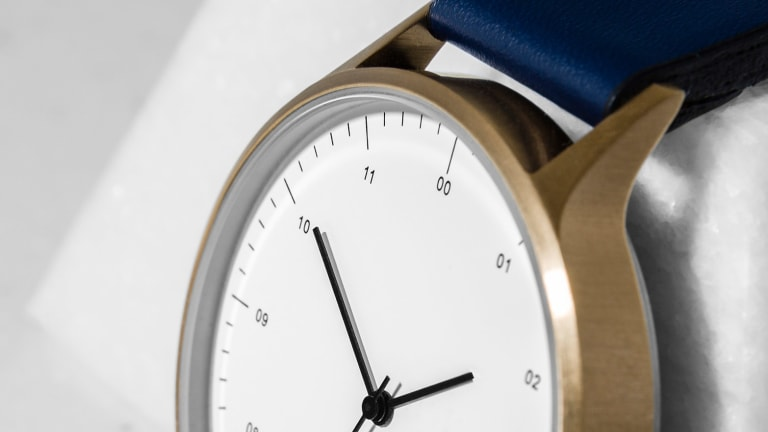 Instrmnt and online design publication Dezeen launch a limited edition watch