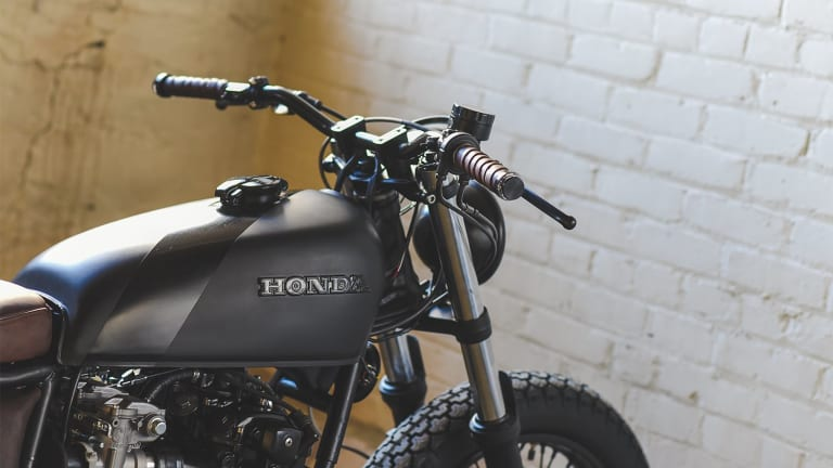 Federal Moto steps into the shadows with their Fade to Black bike
