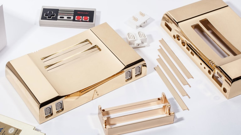 Analogue's 24k gold NES is glorious, 8-bit excess
