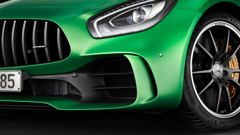 Mercedes' new AMG GT R is a street-legal, motorsport monster