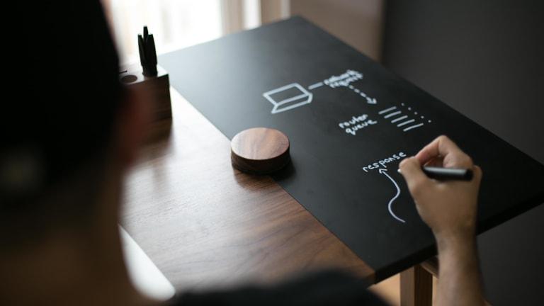 The Smarter Desk | Artifox's Standing Desk 01