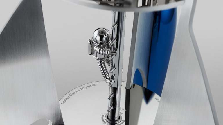 MB&F shoots for the moon with its new table clock