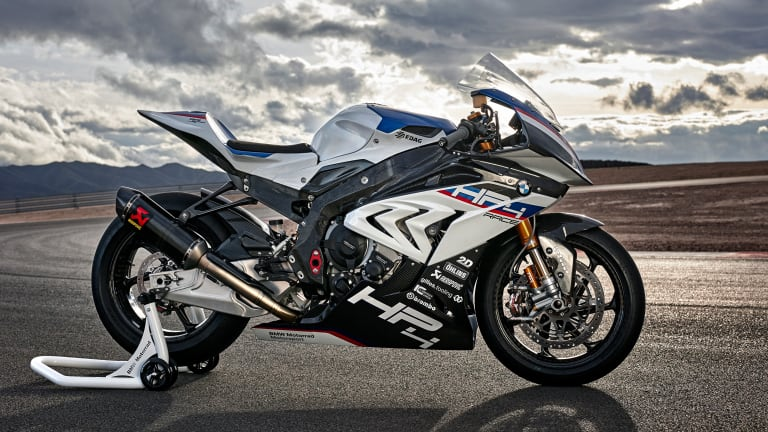 BMW fully reveals its exclusive HP4 Race motorcycle