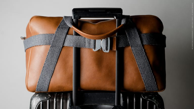 Hardgraft's Double Take Holdall keeps your essentials easily accessible