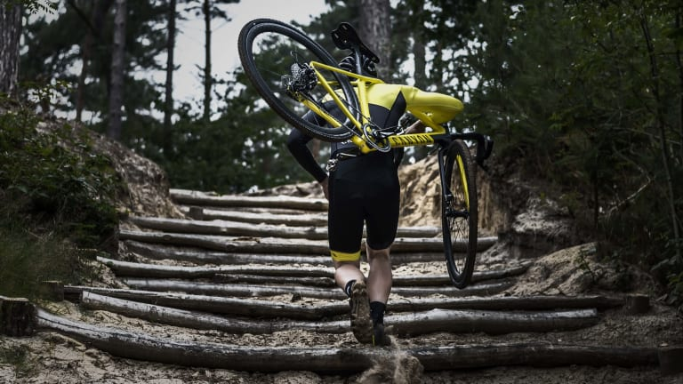 Canyon's Inflite CF SLX is built to slice through muddy terrain