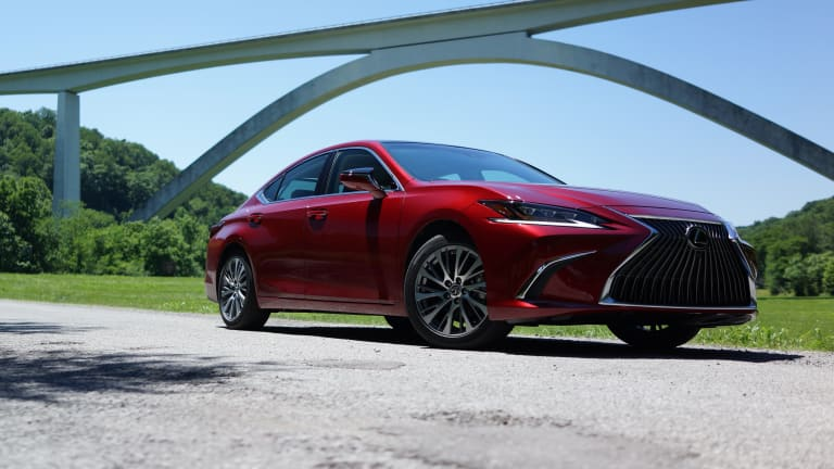 Lexus delivers edgy elegance with their 2019 ES