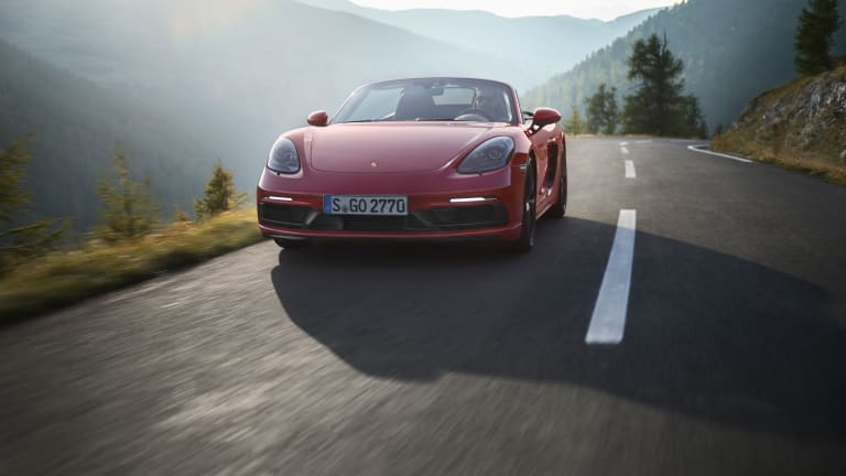 Porsche's 2018 718 GTS delivers a one-two punch of design and performance