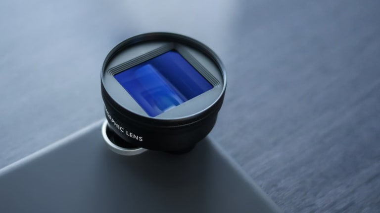Sandmarc creates a cinema-grade Anamorphic lens for iPhone-wielding filmmakers