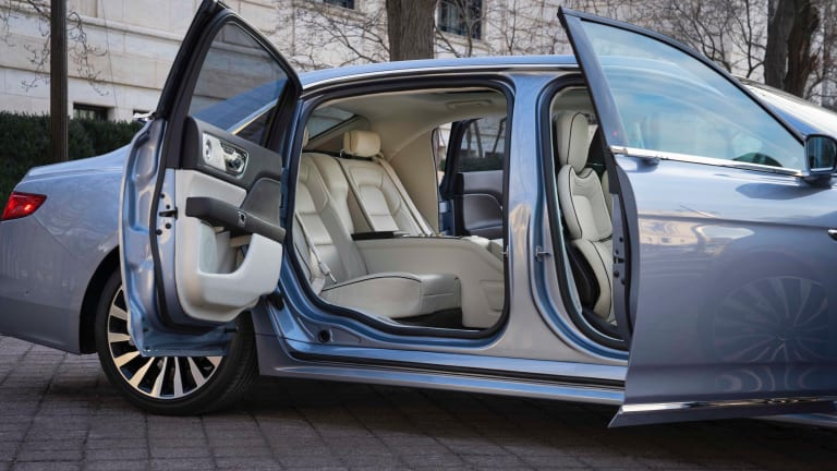 Lincoln announces availability of the 2020 Continental Coach Door Edition