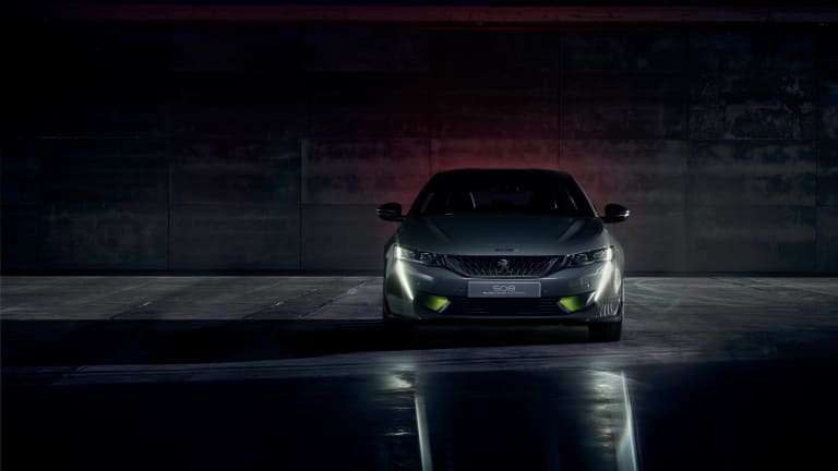 Peugeot's Concept 508 breaks cover with 400 horses of hybrid power