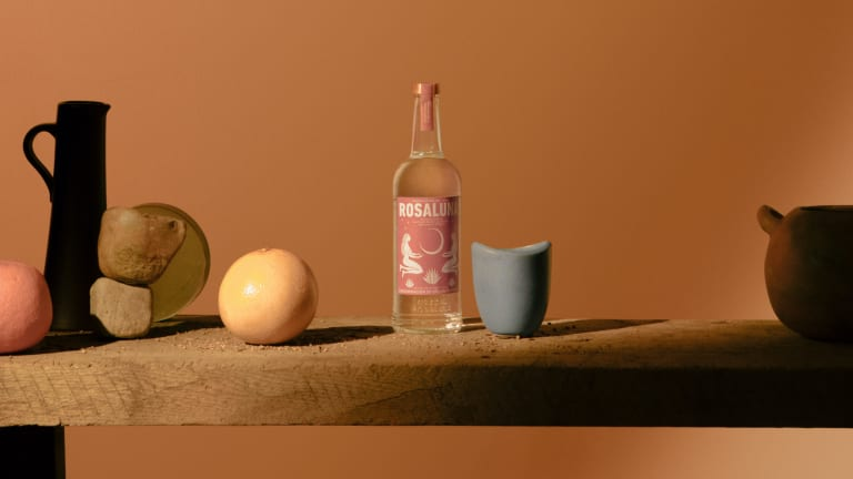 Rosaluna launches its new single estate mezcal