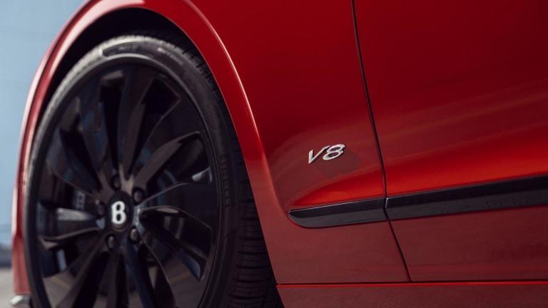 Bentley unveils the 2021 Flying Spur V8