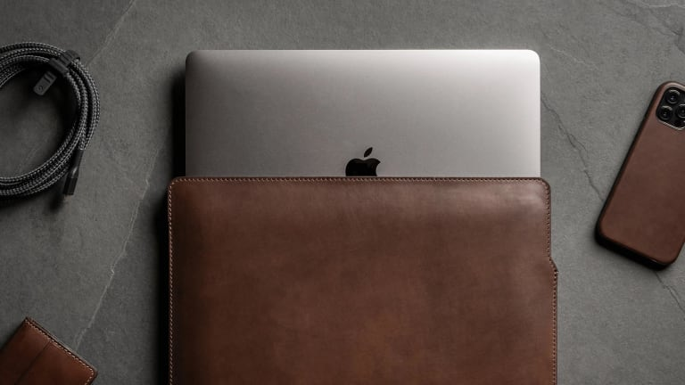 Nomad launches a new Horween leather MacBook sleeve