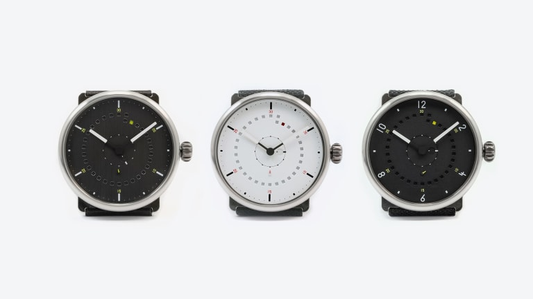 ochs und junior simplifies the perpetual calendar with the calendario cent'anni