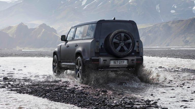 Land Rover reveals the 2022 Defender V8