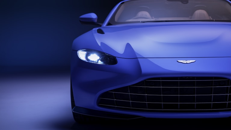 Aston Martin reveals the Vantage Roadster