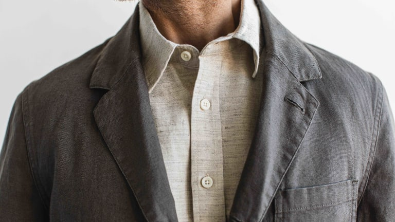 Taylor Stitch's Gibson Suit keeps it light and casual for your summer travels