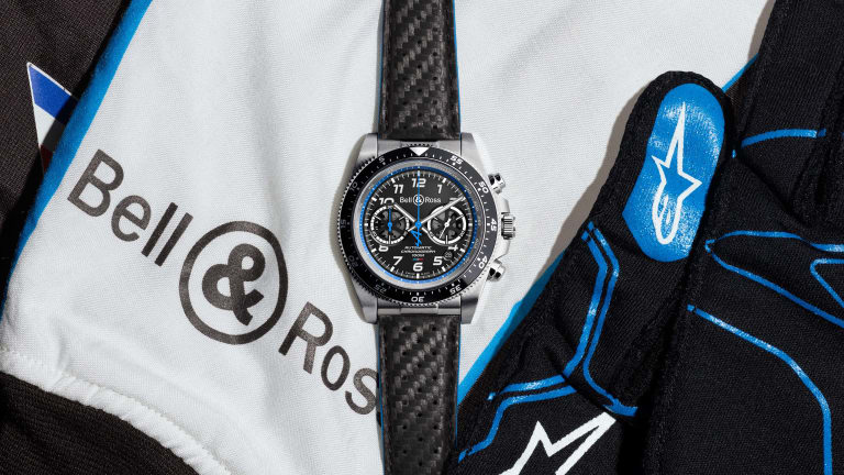 Bell & Ross reveals its collection for the Alpine F1 team