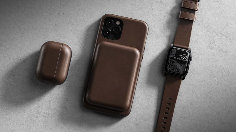 Nomad dresses up the new MagSafe Battery Pack in Horween leather