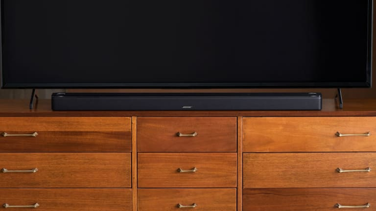 Bose unveils its first Dolby Atmos speak, the Smart Soundbar 900