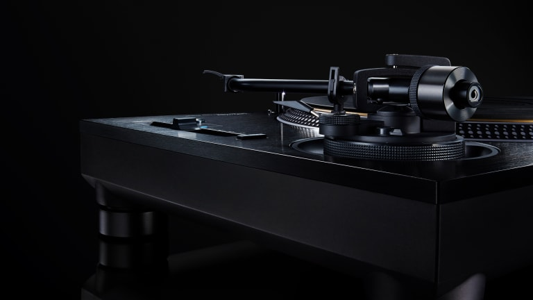 Technics reveals a blacked-out version of its SL-1200G turntable