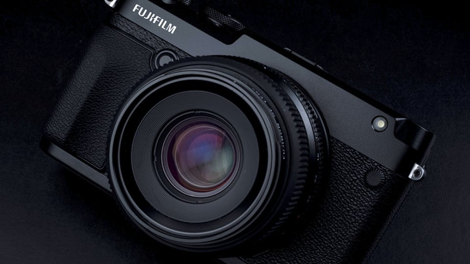 Fujifilm adds a rangefinder-style camera to its GFX line