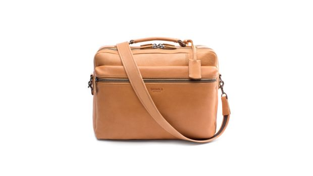 s0300067230_leather_signaturebriefcase_natural_v1_2000x1150_2.jpg