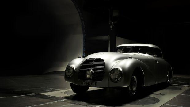 01-Mercedes-Benz-Classic-540-K-Streamliner-1180x686.jpg