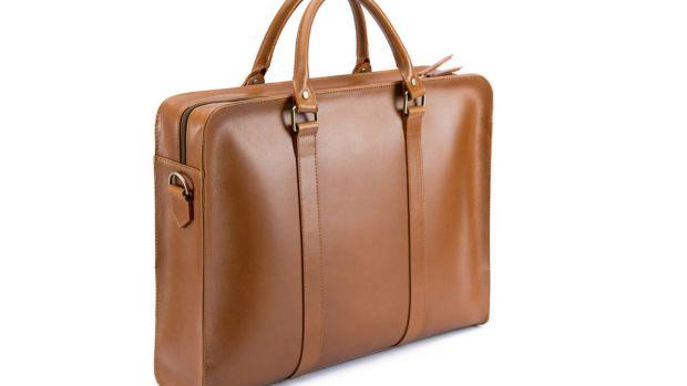 Beckett-Simonon-Briefcase-Front-Angle_1024x1024.jpg