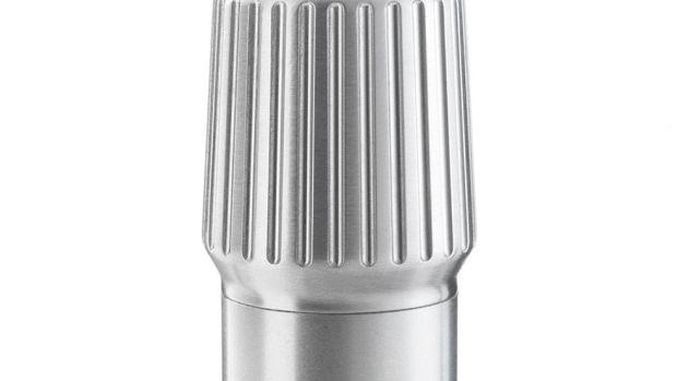 Vipp561-Flashlight-Detail02-Low.jpg