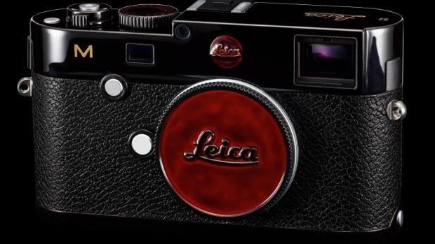 Leica M Black Amber