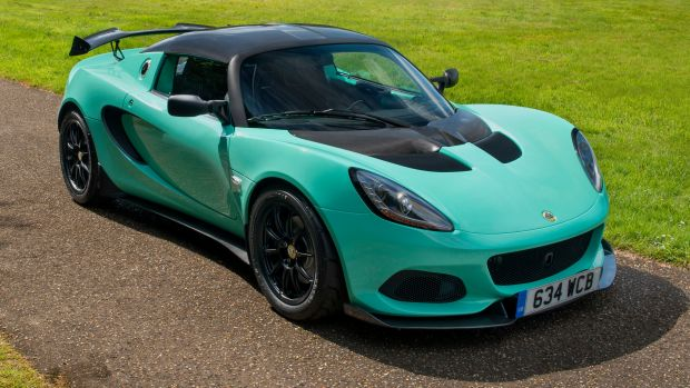 Lotus Elise Cup 250 Front 3-4