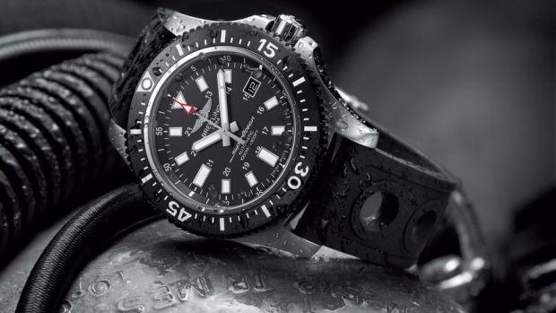 superocean-44-special-black-dial_03 2