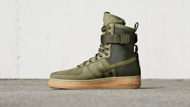 Nike Special Field Air Force 1 Olive Side