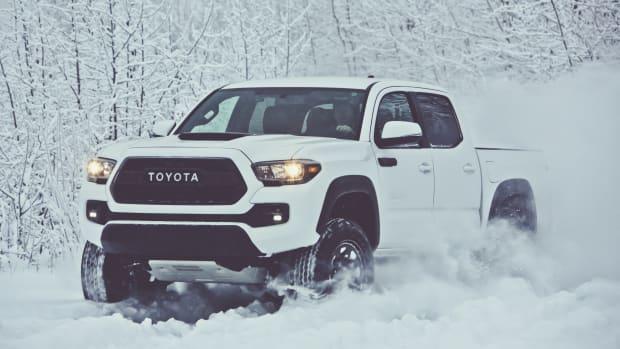 2017_Toyota_Tacoma_TRD_Pro_01_A98B77F6FAD8BA78D991C567F21B3F9C971F0627.jpg