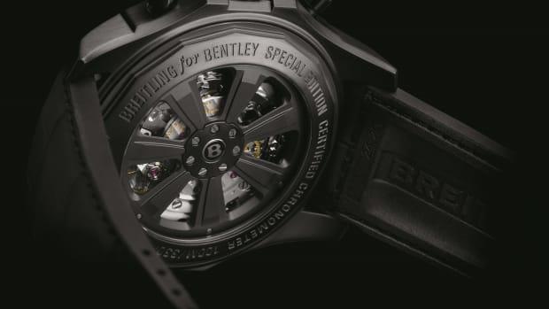 Breitling for Bentley B05 Unitime Midnight Carbon_3.jpg