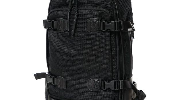 SnipeBackpackBlackOS1_2048x2048.jpg