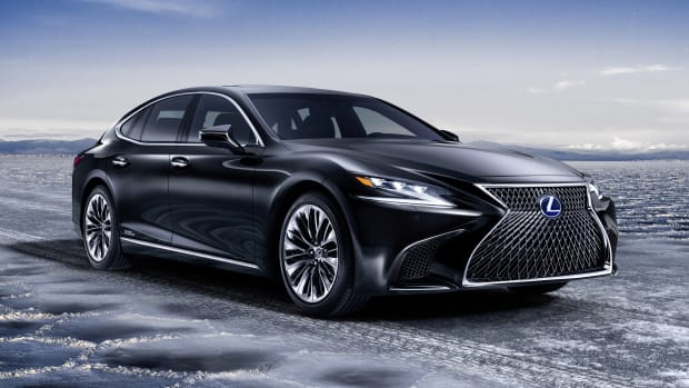 Lexus LS 500h Profile