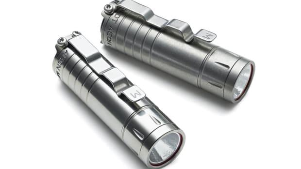 Muyshondt Aeon Mk. III S2 Titanium Flashlight