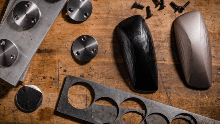 Discommon designs a bottle opener worthy of a modern art museum