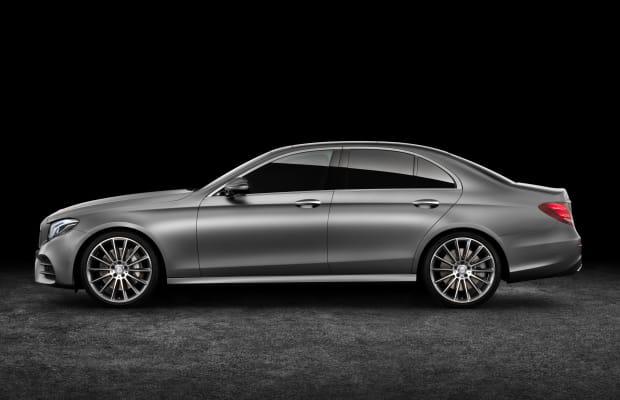 Mercedes premieres its latest technologies in its tenth generation E-Class sedan