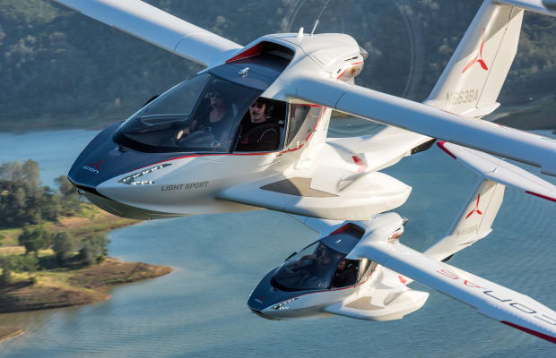 Earning our wings in Icon's A5 sport plane
