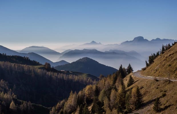 The Great Road Climbs of the Dolomites and Italian Alps