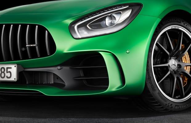 Mercedes' new AMG GT R is a street-legal, motorsport monster