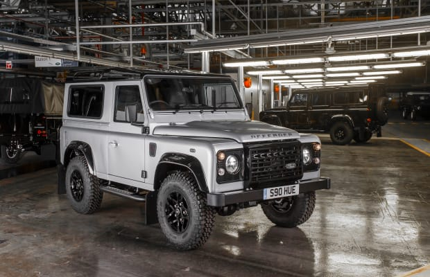 2015 Rewind   Land Rover builds the 2,000,000th Defender