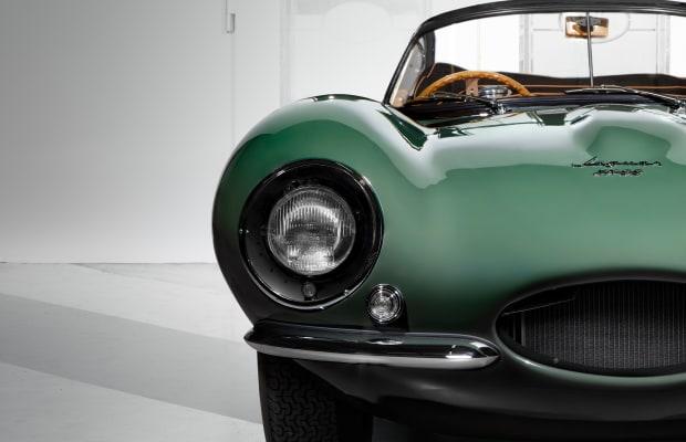 Jaguar resurrects the 1957 XKSS
