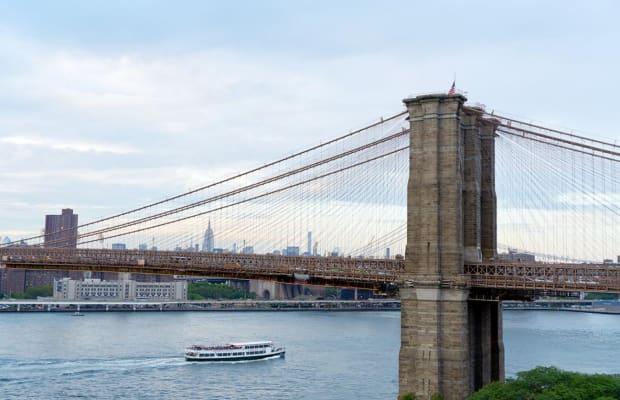 1 Hotels Brooklyn Bridge offers an urban retreat just minutes from Manhattan