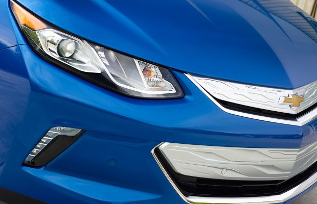 Chevrolet reveals the new and improved 2016 Volt