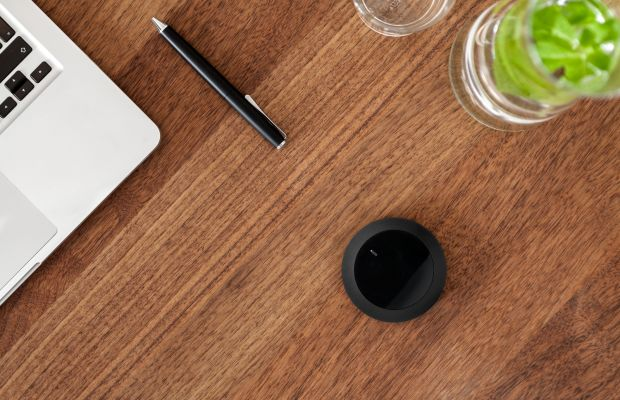 Senic's 21st Century Universal Remote, Nuimo