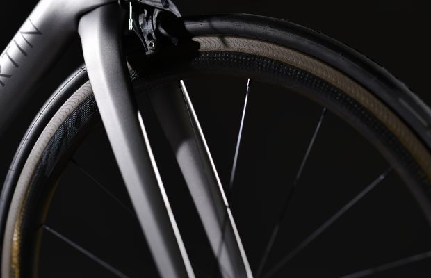 Aston Martin and Storck add further refinements to its Fascenario.3 collaboration